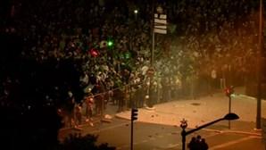 Momentos de tensão entre adeptos e polícia no Marquês de Pombal