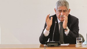 Vieira vende 'palheiro' por cinco mil euros à Câmara de Vila Franca de Xira