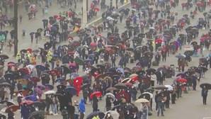 Lotação de 7500 pessoas no Santuário de Fátima deixa vários fiéis no exterior