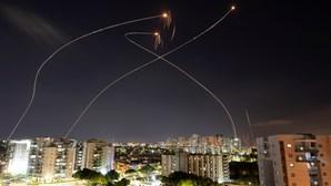 Soldados israelitas entraram na Faixa de Gaza