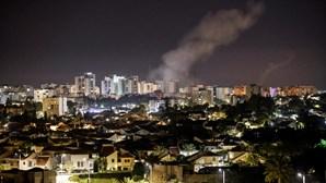 Dez pessoas da mesma família mortas num ataque aéreo em Gaza