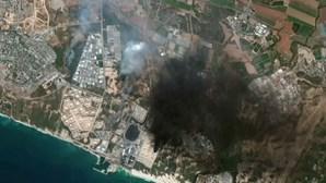 Imagens de satélite mostram destruição em Gaza e em Israel após bombardeamentos