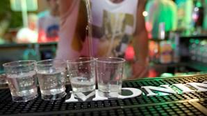 Grupo falta às aulas para consumir álcool em Alenquer