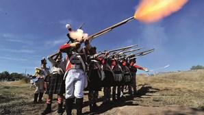 Turismo dá lição militar