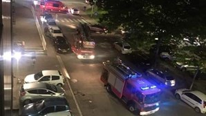 Incêndio leva à evacuação de dois prédios em rua de Famalicão