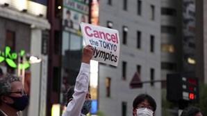 Manifestação em Tóquio contra a realização dos Jogos Olímpicos na cidade