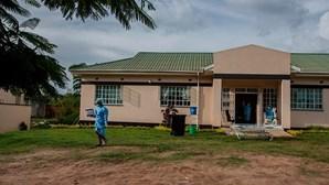 Malawi queima 20 mil doses da vacina AstraZeneca