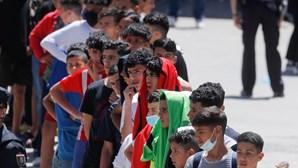 Centenas de menores chegam a Ceuta