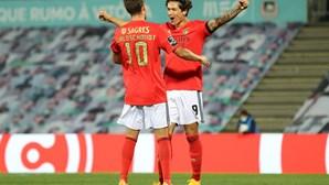 Benfica forçado a aumentar dívida