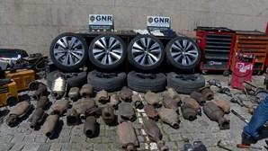 Prisão preventiva para nove detidos por furto de viaturas em Santa Maria da Feira