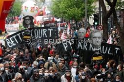 Distúrbios marcam manifestação do Dia do Trabalhador em Paris