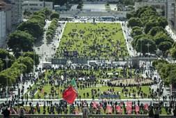 Em Lisboa, realizaram-se dois desfiles que se reuniram na Alameda