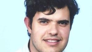 Hugo Oliveira tinha 34 anos e não resistiu. A namorada libertou o gelo seco e deitou fogo à cama