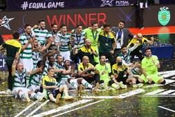 As imagens de um leão campeão: Sporting vence Liga dos Campeões de futsal pela segunda vez na história