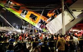 Viaduto do metro desabou em cima de uma estrada na Cidade do México