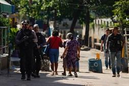 Cinco pessoas ficaram feridas na sequência dos confrontos