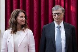Aos 65 anos, Bill Gates  é o quarto homem mais rico do mundo e em breve Melinda, que já esteve na lista das mais poderosas  por causa do seu papel na Fundação Gates, tem grandes probabilidades de entrar num ranking de milionárias por causa da divisão da fortuna