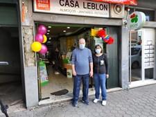 Ponto de venda de referência na rua Soares dos Reis, em Mafamude