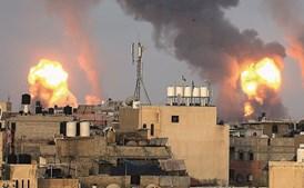 Gaza atacada com dureza após lançamento de rockets