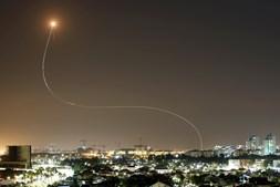 Sistema antimíssil israelita interceta 'rockets' lançados a Israel