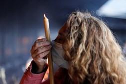 Peregrinos marcam presença no Santuário de Fátima para a peregrinação do 13 de maio