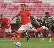 Com Pizzi em campo, foi Seferovic quem marcou o penálti do Benfica