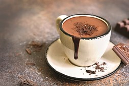 O chocolate popularizou-se na Europa na forma de bebida