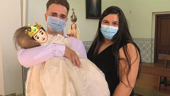 Médicos garantem que lesões eram visíveis antes do nascimento