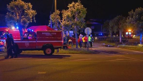 Violento acidente com BMW i8 mata duas pessoas e deixa dois feridos em Guimarães