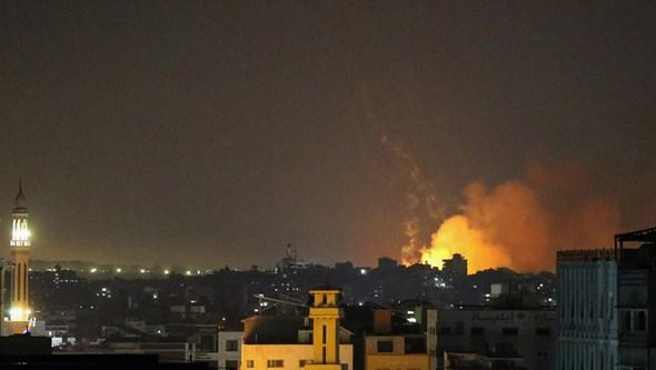 Tropas israelitas entram na Faixa de Gaza e ameaçam escalar de violência