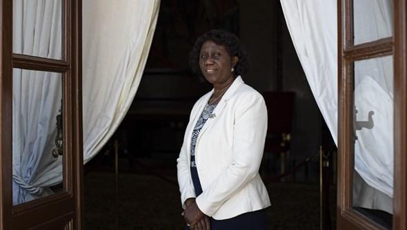 Demite-se o editor de política da Lusa após ser publicada referência racista em peça
