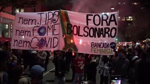 Milhares saem à rua no Brasil contra o racismo e a violência policial
