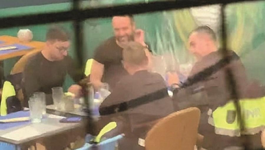 GNR filmados em jantar autorizado pela DGS, em Alvor, Portimão
