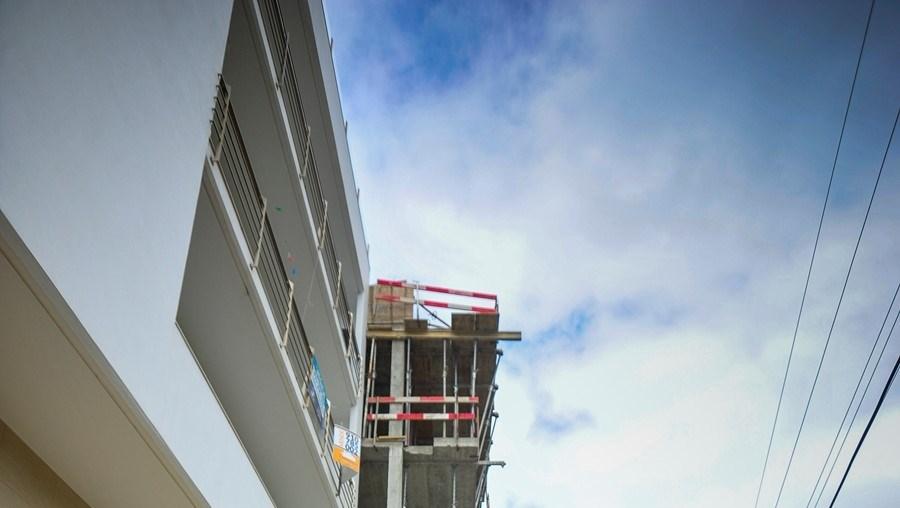 Construção edificada até ao 4º piso
