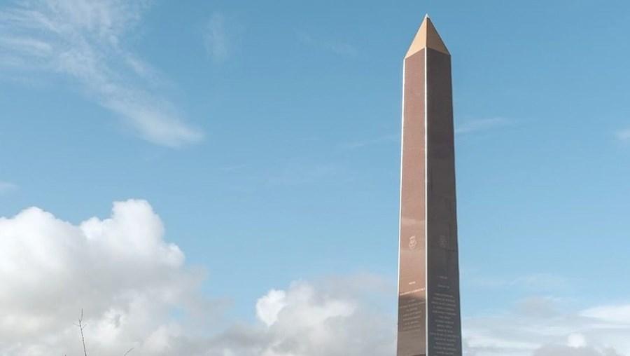 Monumento foi inaugurado no dia 25 de Abril e homenageia artistas e mecenas