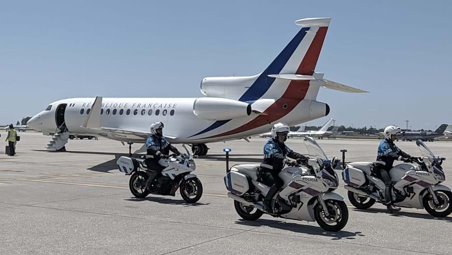 Acompanhamento do presidente francês Emmanuel Macron ao aeroporto do Porto foi uma das últimas diligências previstas no mega-plano de segurança levado a cabo.