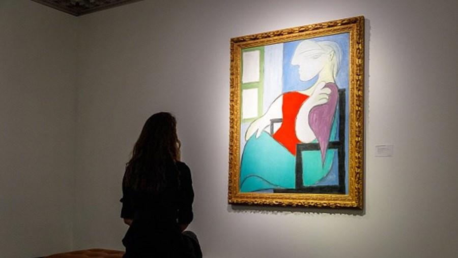 'Mulher sentada junto a uma janela' de Pablo Picasso
