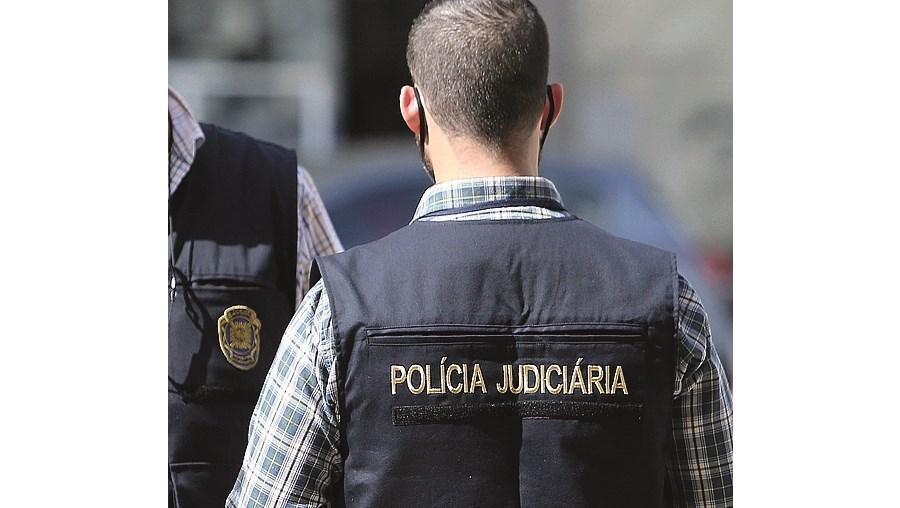 Polícia investiga crime