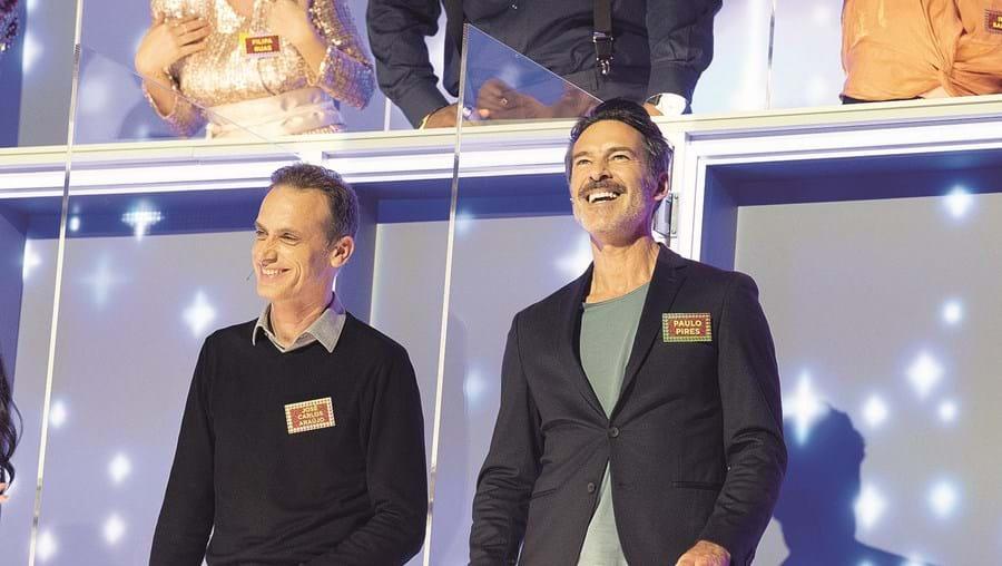 O jornalista José Carlos Araújo e o ator Paulo Pires integraram painel de jurados de 'All Together Now' no domingo