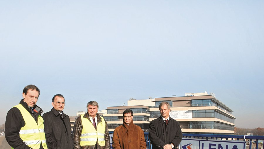 Joaquim Barroca (segundo à esquerda, na foto) foi um dos principais administradores do Grupo Lena e o rosto mais conhecido deste universo de empresas de Leiria