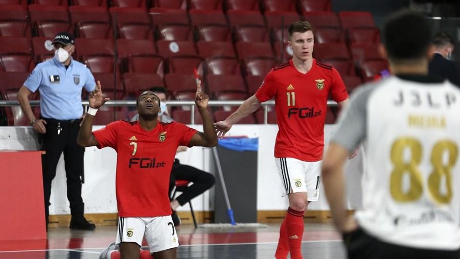 Benfica bate Fundão e disputa final do Nacional de futsal com o Sporting