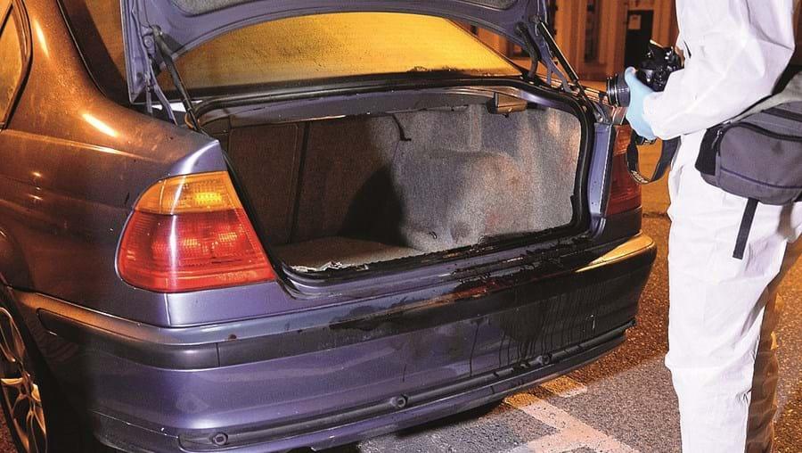 Vítimas era colocadas dentro da bagageira do carro do atacante.  Ofereceram todas resistência e o homem acabou por não as conseguir violar