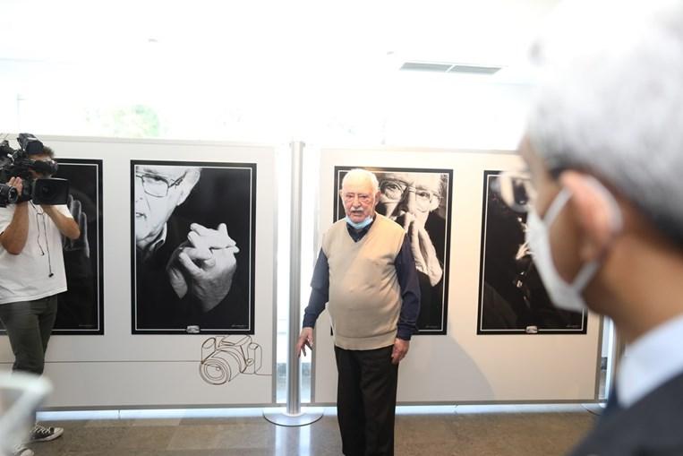 Ruy de Carvalho na exposição na Casa do Artista