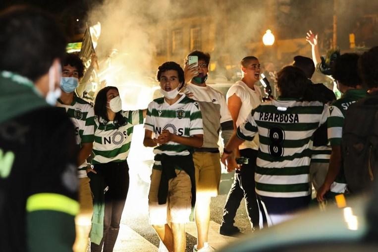 Adeptos festejam conquista do título do Sporting na Madeira