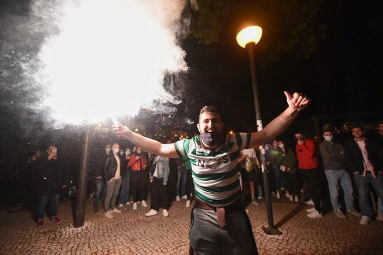 Adeptos do Sporting conquistam do título nacional em Coimbra