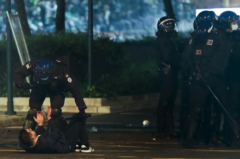 Adepto ferido durante confrontos no Marquês