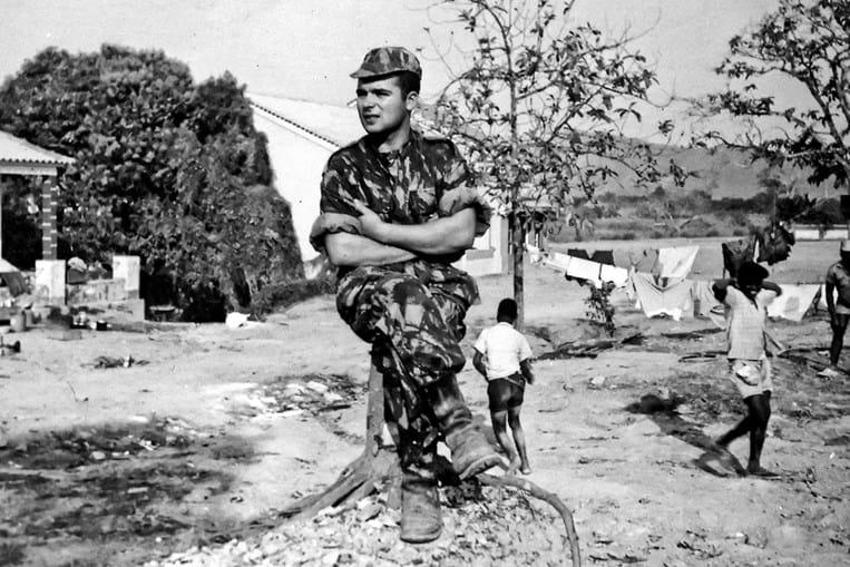Narciso Guedes em Toto, uma aldeia perto do quartel