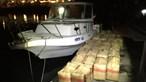 Homem detido e 30 fardos de haxixe e embarcação apreendidos em águas internacionais