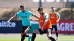 Rúben dias supera Bruno Fernandes e é eleito melhor jogador da liga inglesa