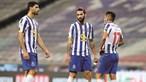 Sérgio Oliveira e Corona fazem adiar contratações no FC Porto